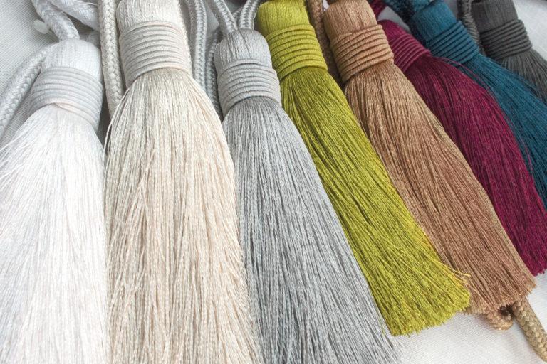 produits-passemanterie-embrasses-textiles-embrasse-pompon